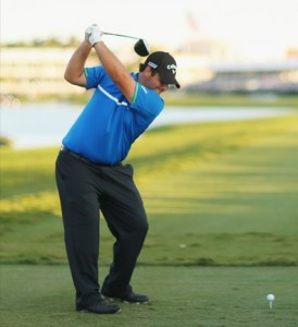 Patrick Reed shows off his Straight Arm Swing as his driving AND putting paid off at the WGC Cadillac Championship at Trump Doral, Florida