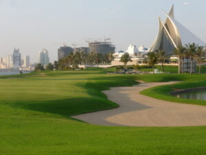 Last week I played at Dubai Creek Golf Club. Distractions like sand and water on the right and lake on the left REALLY MAKE IT HARD TO FOCUS ON THE PERFECT SWING.